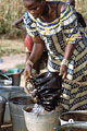 Collecting Water :  a day to day work, for all Haoussa Women in Niger.